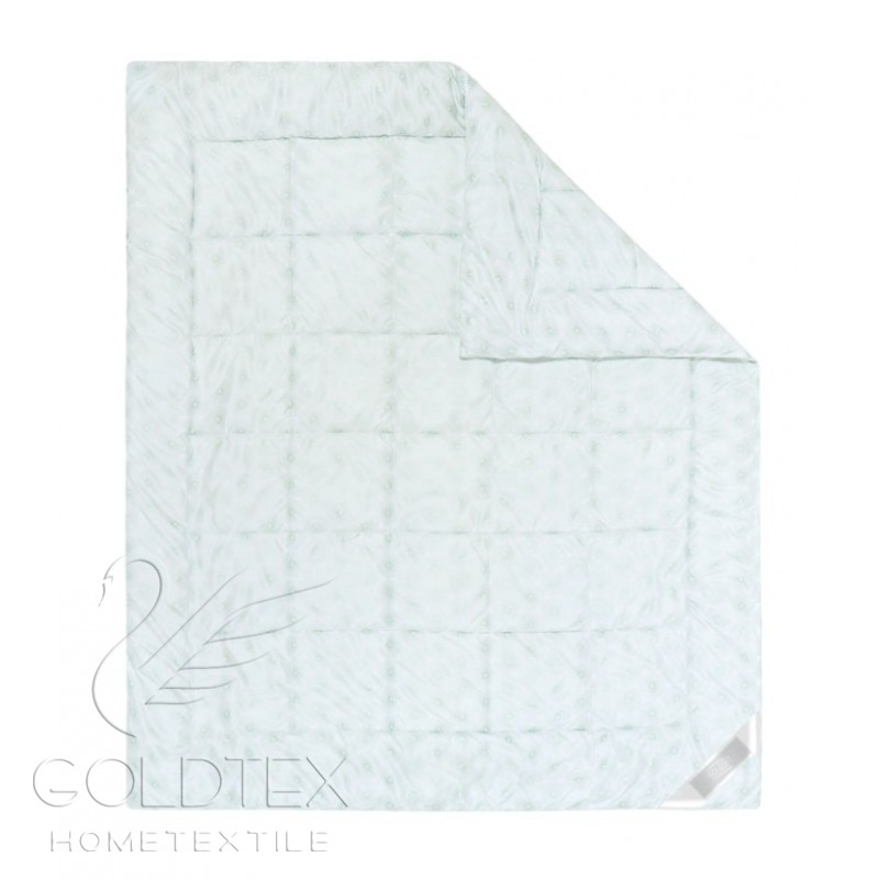 Одеяло Delicate Touch Бамбук, размер Евро (200х220 см)Одеяла<br>Длина:220 см<br>Ширина:200 см<br>Чехол:Стеганый<br>Плотность наполнителя:300 г/кв. м<br><br>Тип: Одеяло<br>Размер: 200х220<br>Материал: Бамбук