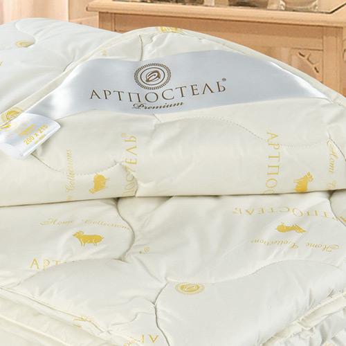 Одеяло Меринос Premium, размер 2,0 спальное (172х205 см)Одеяла<br>Длина:205 см<br>Ширина:172 см<br>Чехол:Стеганый, с окаймляющей лентой<br>Плотность наполнителя:300 г/кв. м<br><br>Тип: Одеяло<br>Размер: 172х205<br>Материал: Овечья шерсть