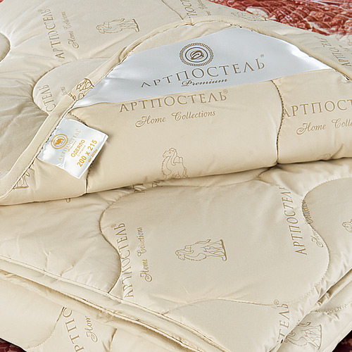 Одеяло Camel Premium, размер 1,5 спальное (140х205 см)Одеяла<br>Длина:205 см<br>Ширина:140 см<br>Чехол:Стеганый, с окаймляющей лентой<br>Плотность наполнителя:300 г/кв. м<br><br>Тип: Одеяло<br>Размер: 140х205<br>Материал: Верблюжья шерсть