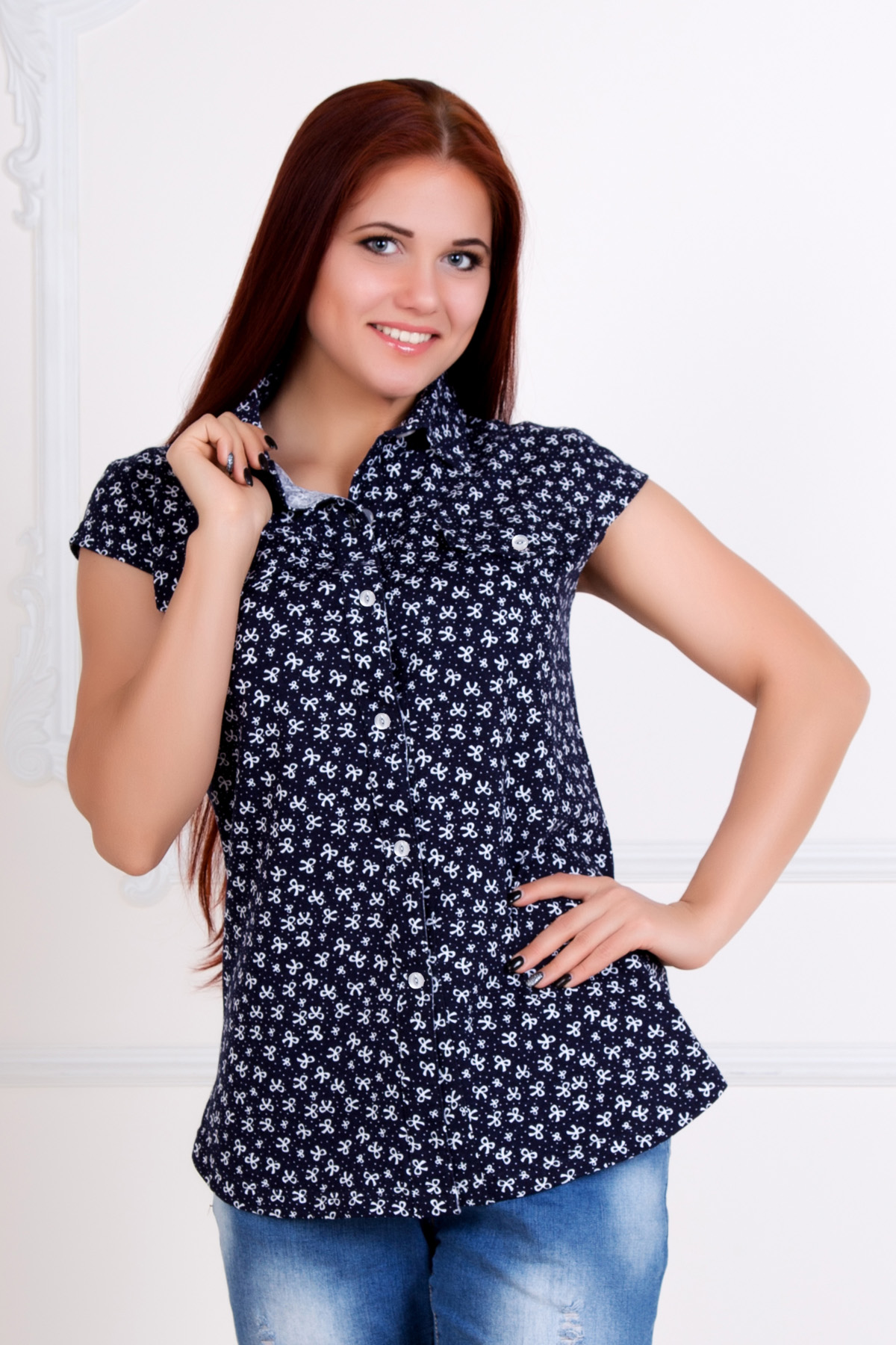 Жен. рубашка Летняя р. 54Блузки, майки, кофты<br>Обхват груди:108 см<br>Обхват талии:88 см<br>Обхват бедер:116 см<br>Длина по спинке:71 см<br>Рост:167 см<br><br>Тип: Жен. рубашка<br>Размер: 54<br>Материал: Кулирка