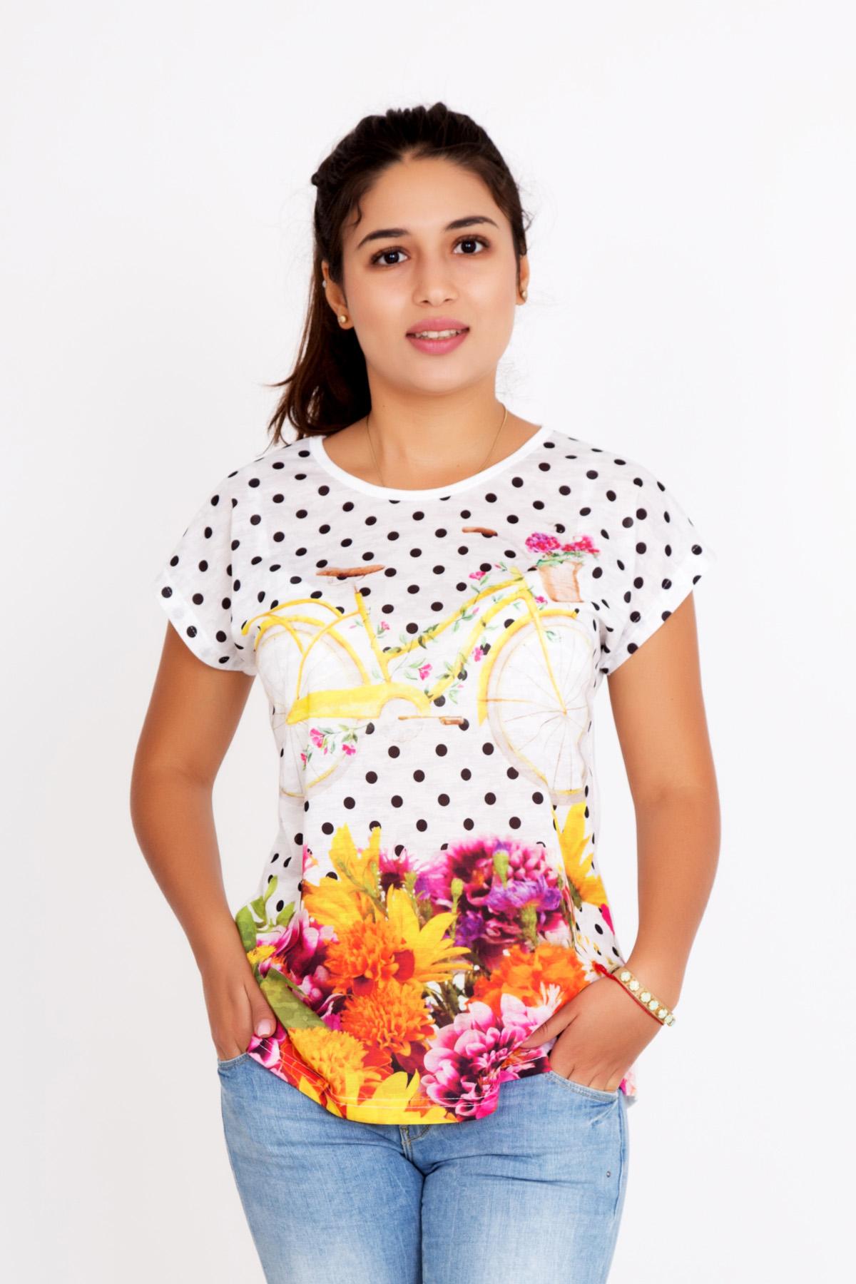 Жен. футболка Прованс р. 44Блузки, майки, кофты<br>Обхват груди:88 см<br>Обхват талии:68 см<br>Обхват бедер:96 см<br>Длина по спинке:65 см<br>Рост:167 см<br><br>Тип: Жен. футболка<br>Размер: 44<br>Материал: Хлопок