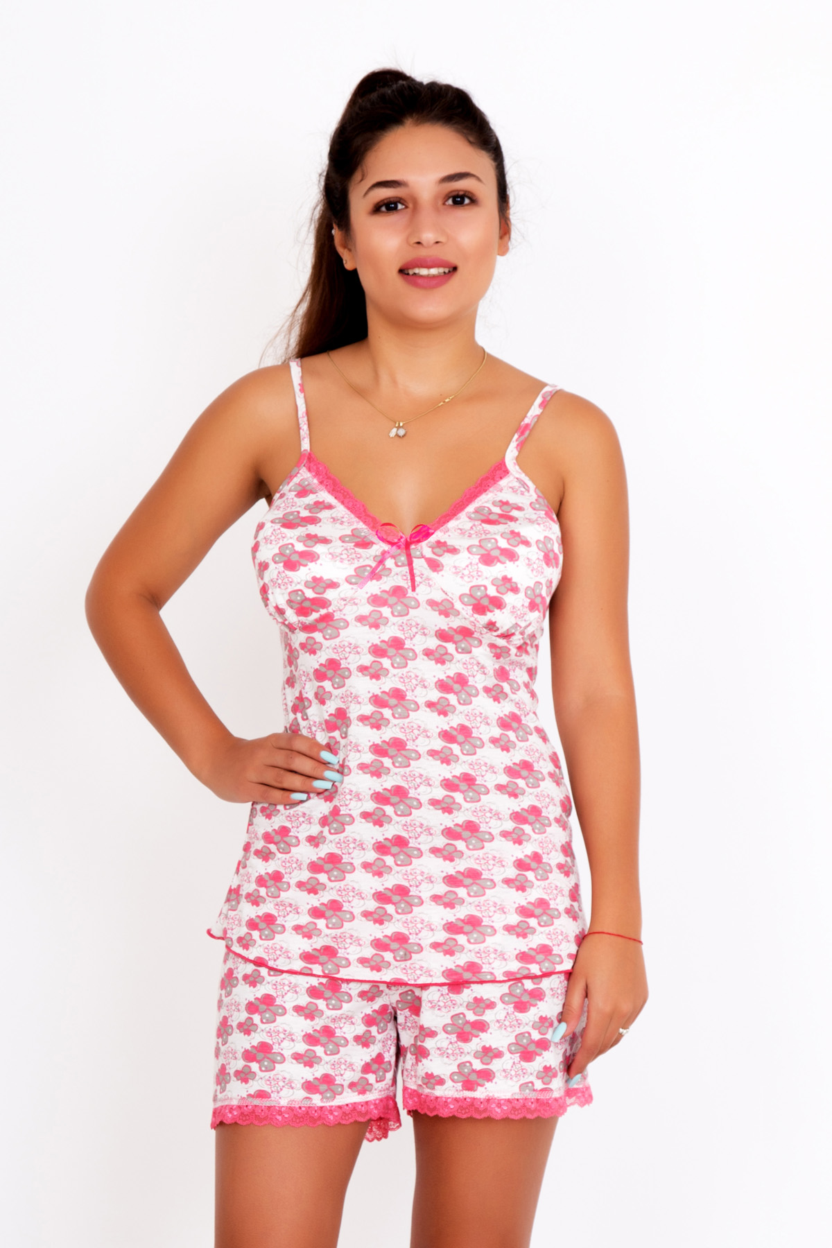 Женский пижама Капучино, размер 46Пижамы и ночные сорочки<br>Обхват груди:92 см<br>Обхват талии:74 см<br>Обхват бедер:100 см<br>Рост:167 см<br><br>Тип: Жен. костюм<br>Размер: 46<br>Материал: Вискоза