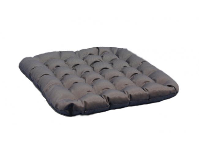 Подушка Уют, размер 40x40 смДля комфортного сна, отдыха и работы<br>Чехол:Съемный, на молнии<br><br>Тип: Подушка<br>Размер: 40х40<br>Материал: Лузга гречихи
