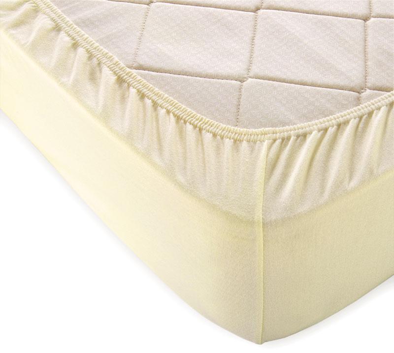 Простыня на резинке Молочный р. 200х200Простыни<br>Плотность ткани: 120 г/кв. м <br>Высота матраса: 20 см<br><br>Тип: Простыня на резинке<br>Размер: 200х200<br>Материал: Кулирка