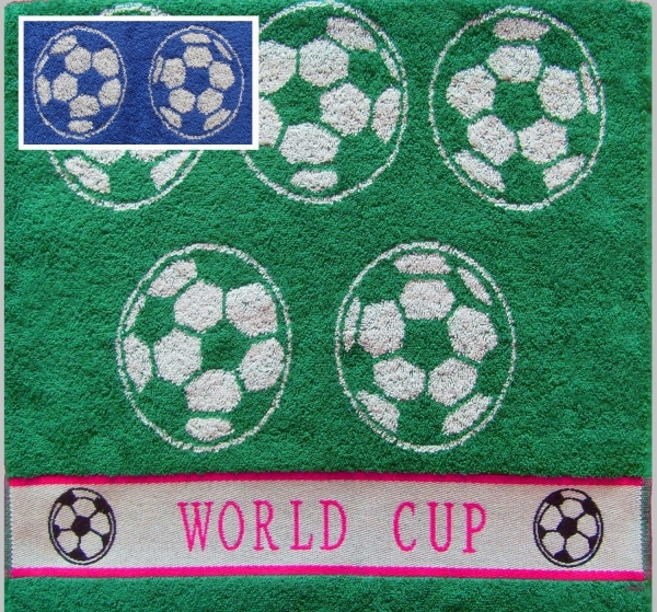 Полотенце Футбол, цвет Синий, размер 70х140 смМахровые полотенца<br>Плотность ткани: 420 г/кв. м<br><br>Тип: Полотенце<br>Размер: 70х140<br>Материал: Махра