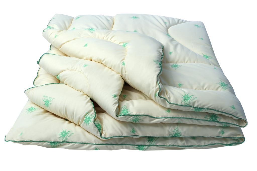 Одеяло Луговые травы Комфорт, размер 2,0 спальное (172х205 см)Одеяла<br>Длина: 205 см <br>Ширина: 172 см <br>Чехол: Стеганый, с кантом <br>Плотность ткани: 85 г/кв. м <br>Плотность наполнителя: 300 г/кв. м<br><br>Тип: Одеяло<br>Размер: 172х205<br>Материал: Саше из трав