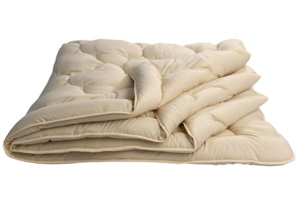 Одеяло Караван Комфорт облегченное, размер Евро (200х220 см)Одеяла<br>Длина: 220 см <br>Ширина: 200 см <br>Чехол: Стеганое, с окаймляющей лентой <br>Плотность ткани: 85 г/кв. м <br>Плотность наполнителя: 150 г/кв. м<br><br>Тип: Одеяло<br>Размер: 200х220<br>Материал: Верблюжья шерсть