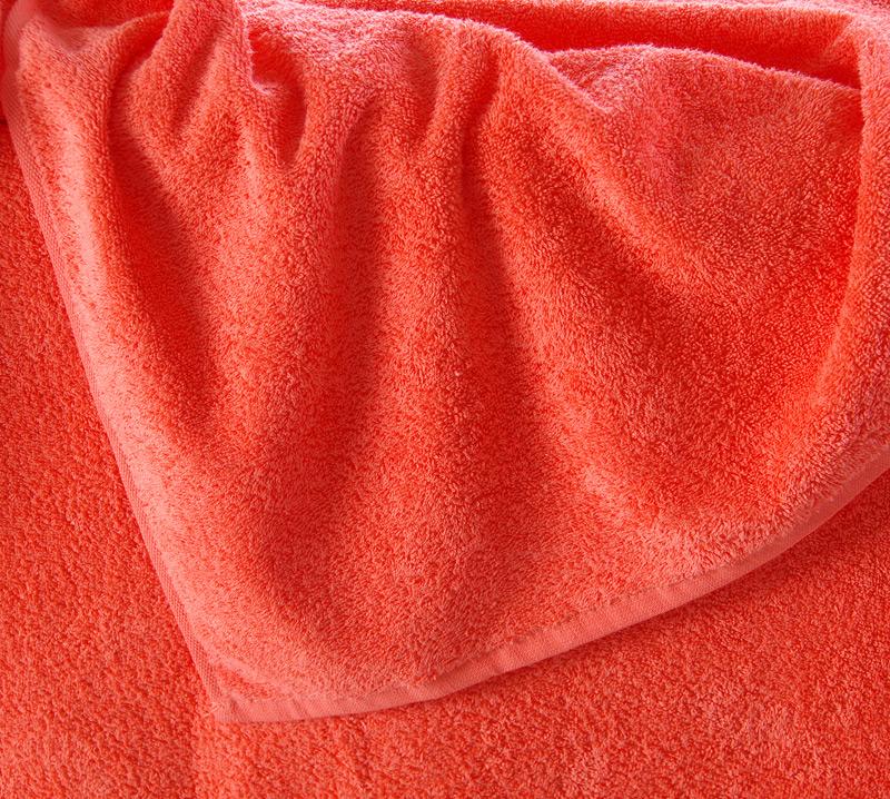 Махровая простынь Итали Коралловый, размер 190х200 смПростыни<br>Плотность ткани:380 г/кв. м<br><br>Тип: Простыня<br>Размер: 2,0-сп.<br>Материал: Махра