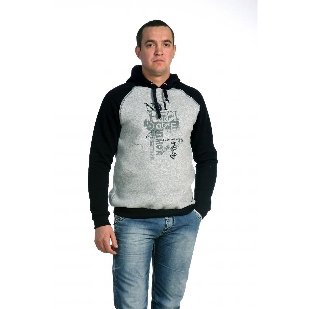 Мужская толстовка «Эван», размер 52Толстовки, джемпера и рубашки<br>Обхват груди:104 см<br>Обхват талии:96 см<br>Обхват бедер:108 см<br>Рост:176-182 см<br><br>Тип: Муж. толстовка<br>Размер: 52<br>Материал: Футер