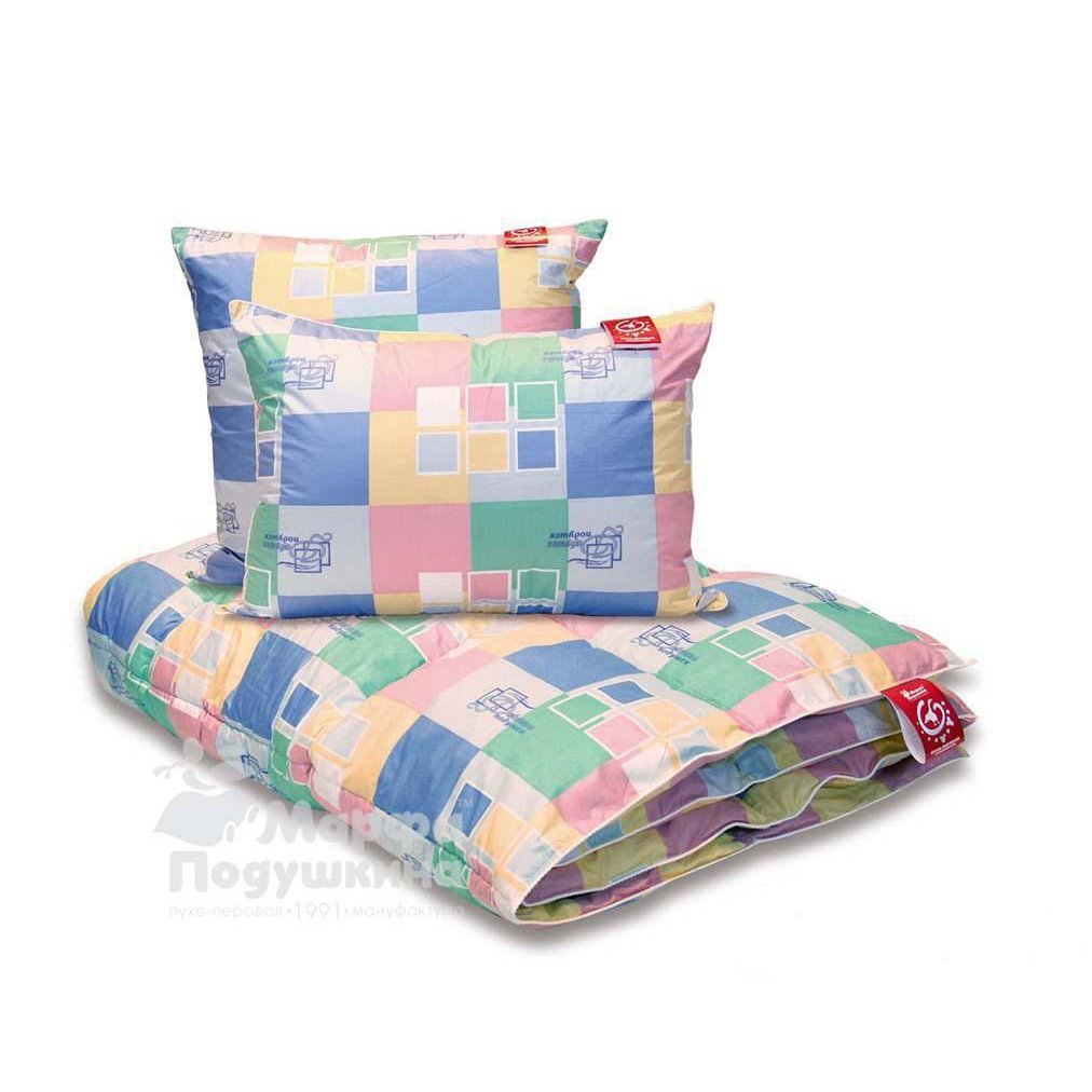Одеяло Семейное, размер Евро (200х220 см)Одеяла<br>Длина: 220 см <br>Ширина: 200 см <br>Чехол: Стеганый, с кантом <br>Степень теплоты: Всесезонное<br><br>Тип: Одеяло<br>Размер: 200х220<br>Материал: Пух/перо