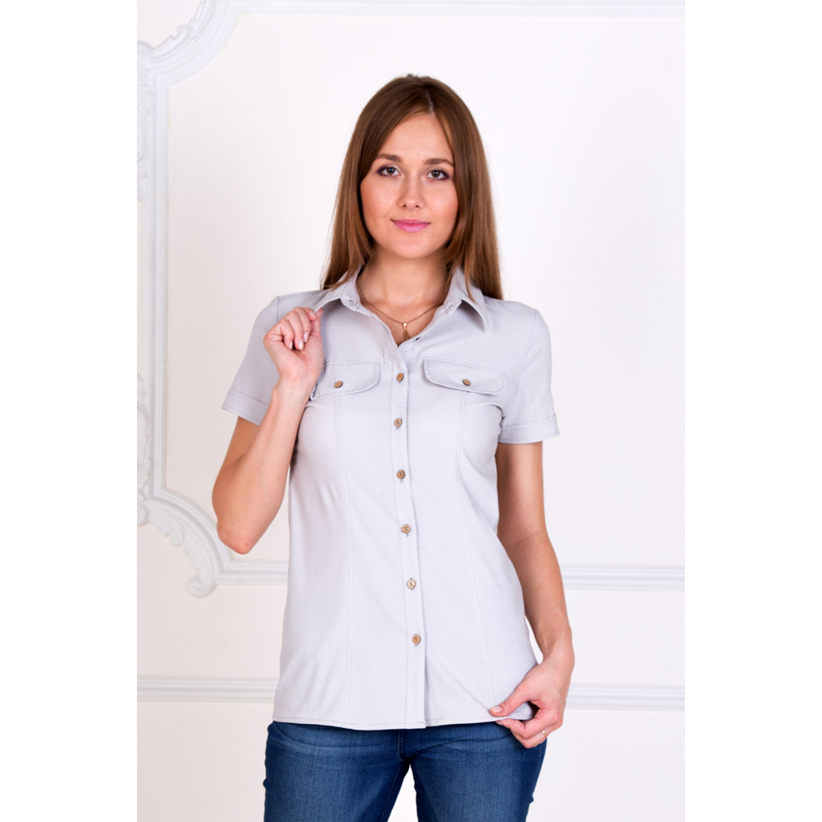 Женская рубашка Александра Серый, размер 46Блузки, майки, кофты<br>Обхват груди:92 см<br>Обхват талии:74 см<br>Обхват бедер:100 см<br>Рост:167 см<br><br>Тип: Жен. рубашка<br>Размер: 46<br>Материал: Хлопок