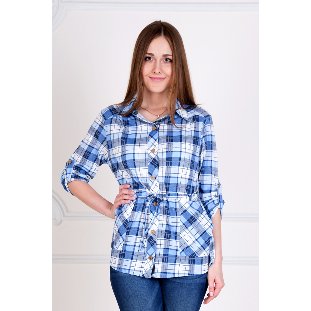 Женская рубашка Клетка Голубой, размер 62Блузки, майки, кофты<br>Обхват груди:124 см<br>Обхват талии:105 см<br>Обхват бедер:132 см<br>Рост:167 см<br><br>Тип: Жен. рубашка<br>Размер: 62<br>Материал: Кулирка