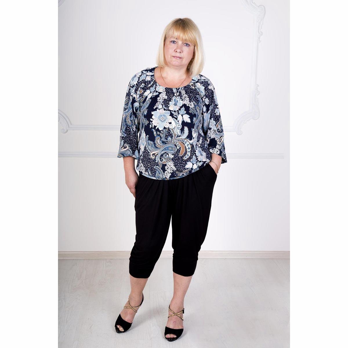 Женская блуза Ильда, размер 52Блузки, майки, кофты<br>Обхват груди:104 см<br>Обхват талии:85 см<br>Обхват бедер:112 см<br>Рост:167 см<br><br>Тип: Жен. блуза<br>Размер: 52<br>Материал: Масло