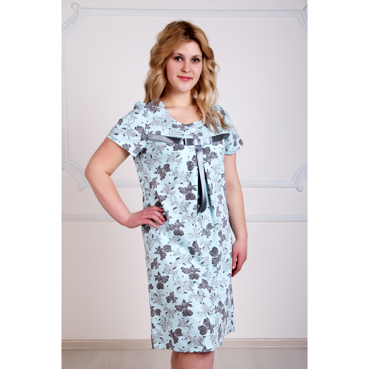 Женская сорочка Лилия, размер 48Пижамы и ночные сорочки<br>Обхват груди:96 см<br>Обхват талии:78 см<br>Обхват бедер:104 см<br>Рост:167 см<br><br>Тип: Жен. сорочка<br>Размер: 48<br>Материал: Кулирка