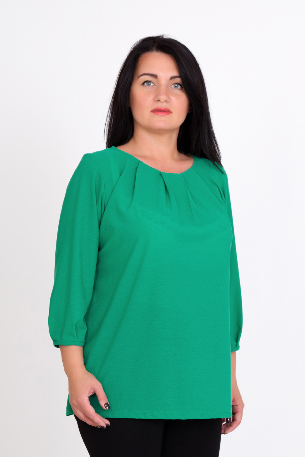 Жен. блуза Лайма р. 58Блузы<br>Обхват груди:116 см<br>Обхват талии:97 см<br>Обхват бедер:124 см<br>Длина по спинке:66 см<br>Рост:167 см<br><br>Тип: Жен. блуза<br>Размер: 58<br>Материал: Креп