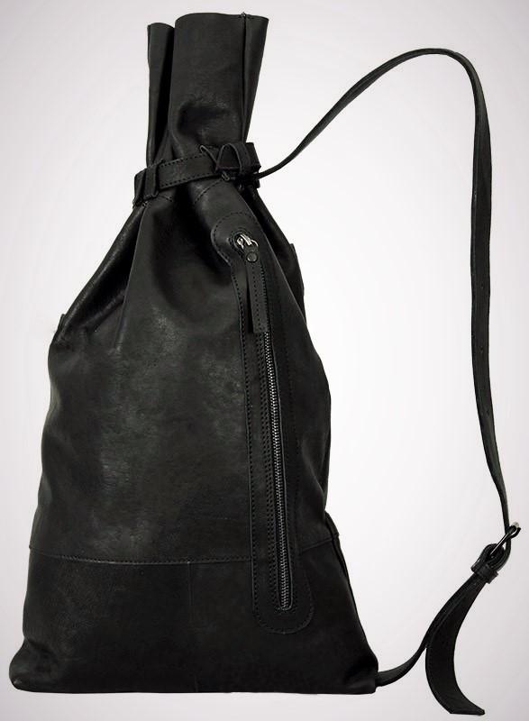Муж. сумка Модель № 6Сумки и др. изделия из кожи<br>Высота сумки:60 см<br>Высота до стягивающего ремня:45 см<br>Ширина низ:36 см<br>Длинна ремня:100 см<br><br>Тип: Муж. сумка<br>Размер: -<br>Материал: Натуральная кожа