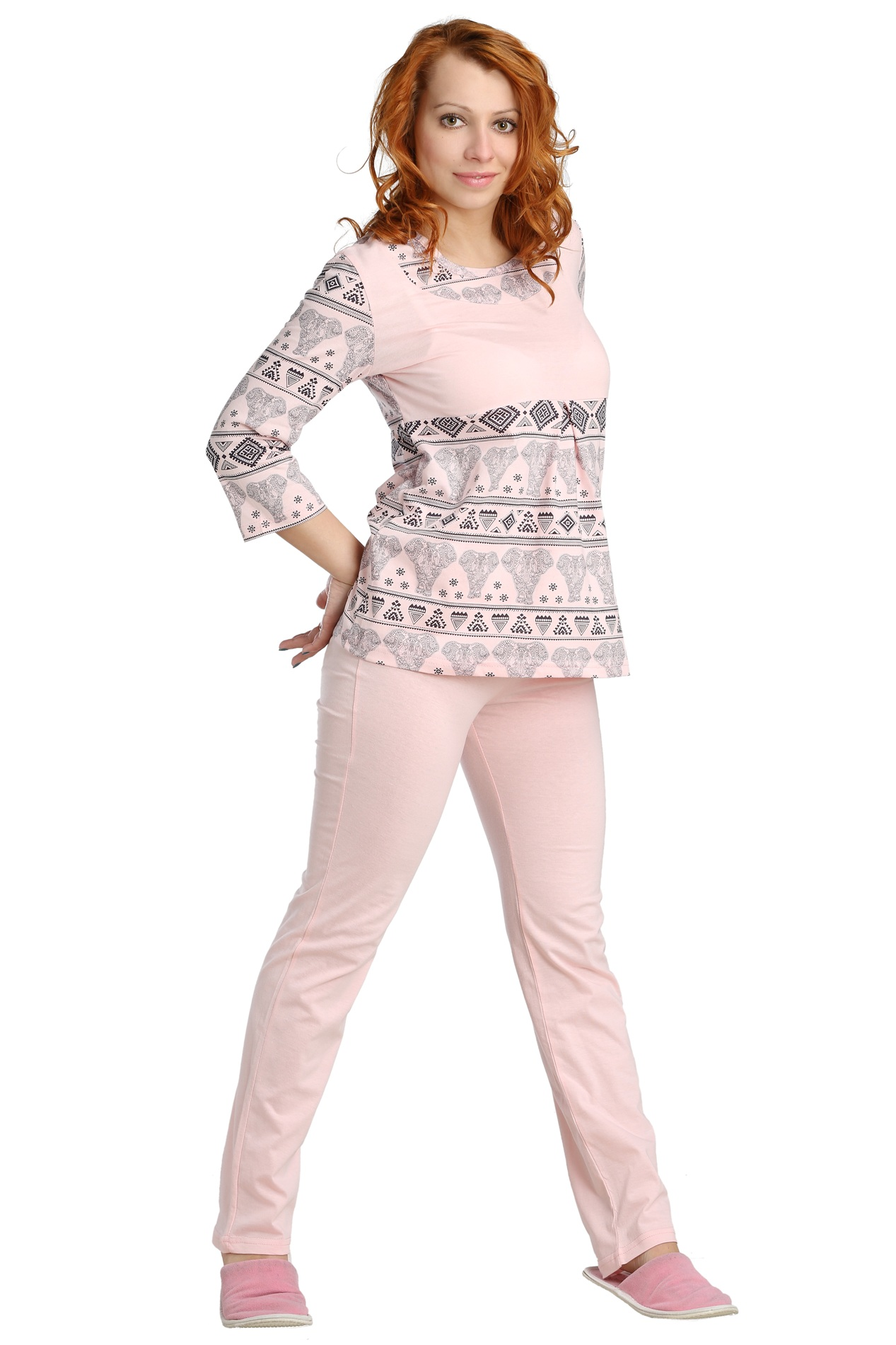 Жен. пижама арт. 16-0087 Розовый р. 46Пижамы и ночные сорочки<br>Обхват груди:92 см<br>Обхват талии:73 см<br>Обхват бедер:100 см<br>Длина блузы по спинке:68 см<br>Длина брючин по внеш. шву:106 см<br>Рост:164-170 см<br><br>Тип: Жен. пижама<br>Размер: 46<br>Материал: Кулирка