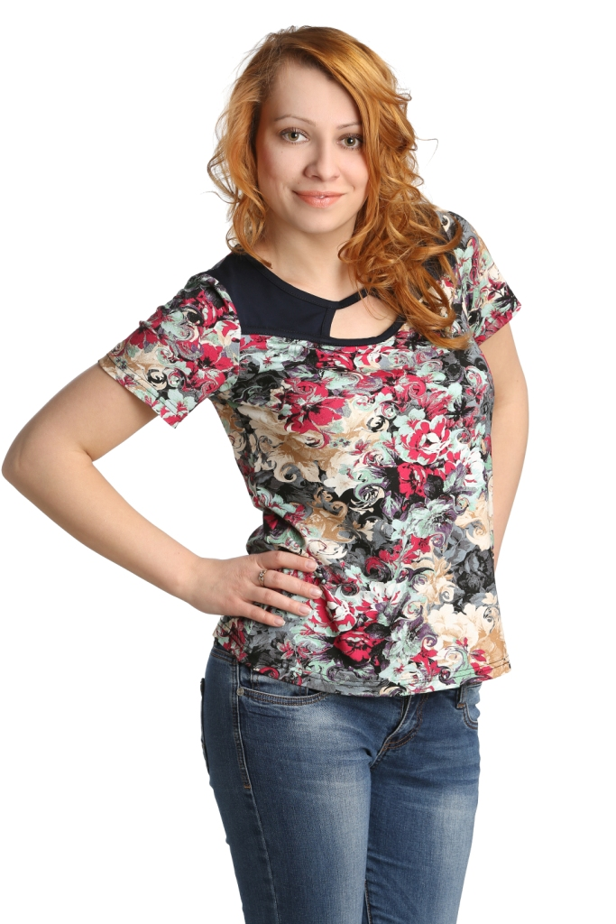 Жен. блуза арт. 16-0101 Малиновый р. 50Блузы<br>Обхват груди: 100 см <br>Обхват талии: 82 см <br>Обхват бедер: 108 см <br>Длина по спинке: 57 см <br>Рост: 164-170 см<br><br>Тип: Жен. блуза<br>Размер: 50<br>Материал: Вискоза