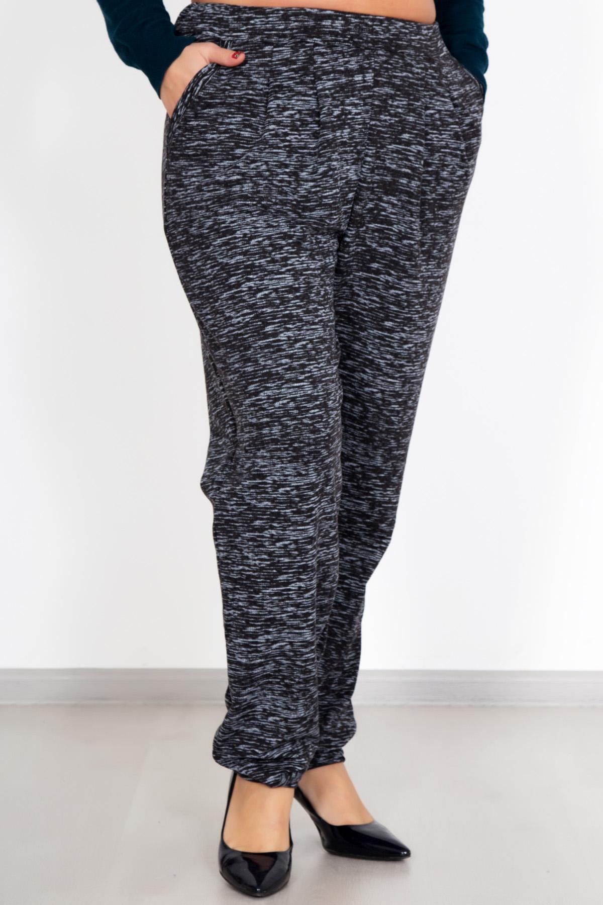 Жен. брюки Элаиза р. 46Распродажа женской одежды<br>Обхват груди: 92 см <br>Обхват талии: 74 см <br>Обхват бедер: 100 см <br>Высота посадки: 26 см <br>Длина брючин по внут. шву: 72 см <br>Рост: 167 см<br><br>Тип: Жен. брюки<br>Размер: 46<br>Материал: Футер