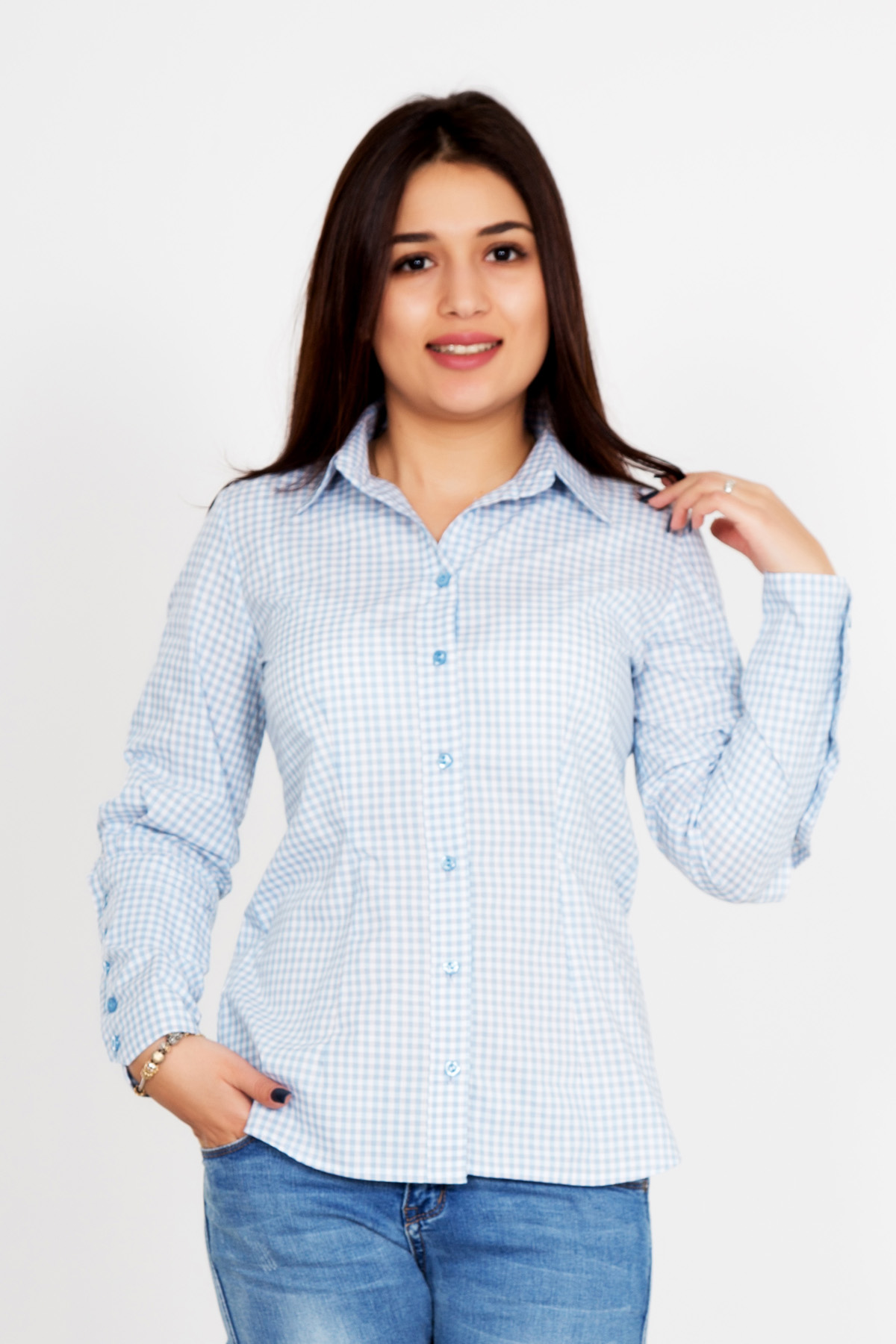 Жен. рубашка Герти р. 46Рубашки<br>Обхват груди: 92 см <br>Обхват талии: 74 см <br>Обхват бедер: 100 см <br>Длина по спинке: 67 см <br>Рост: 167 см<br><br>Тип: Жен. рубашка<br>Размер: 46<br>Материал: Шотландка