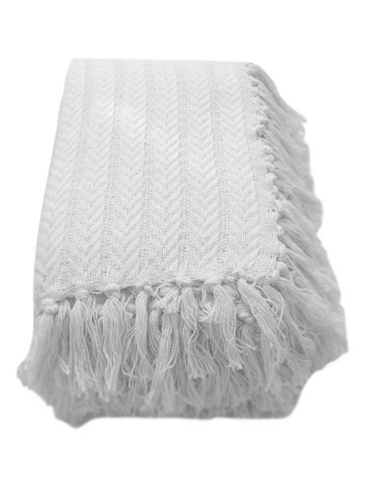 Плед  Клевер  Белый р. 160х220 - Текстиль для дома артикул: 26350