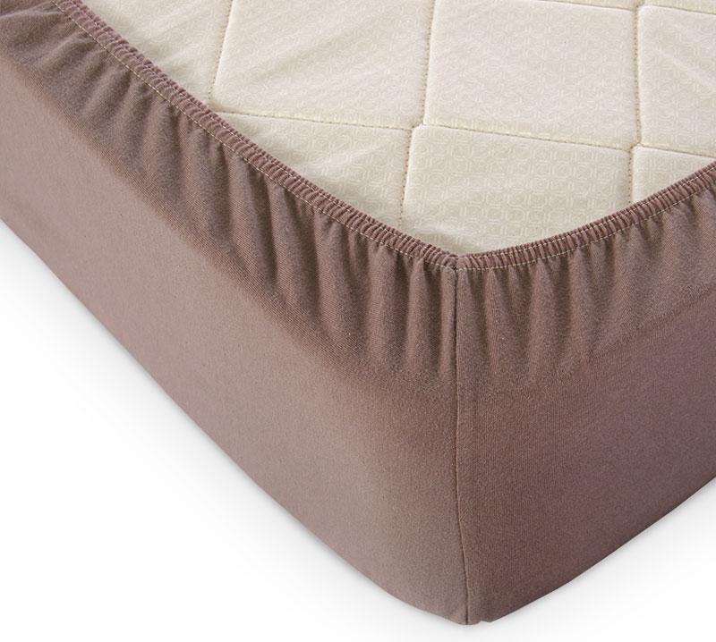 Простыня на резинке Мокко р. 90х200Простыни<br>Плотность ткани: 120 г/кв. м <br>Высота матраса: 20 см<br><br>Тип: Простыня на резинке<br>Размер: 90х200<br>Материал: Кулирка