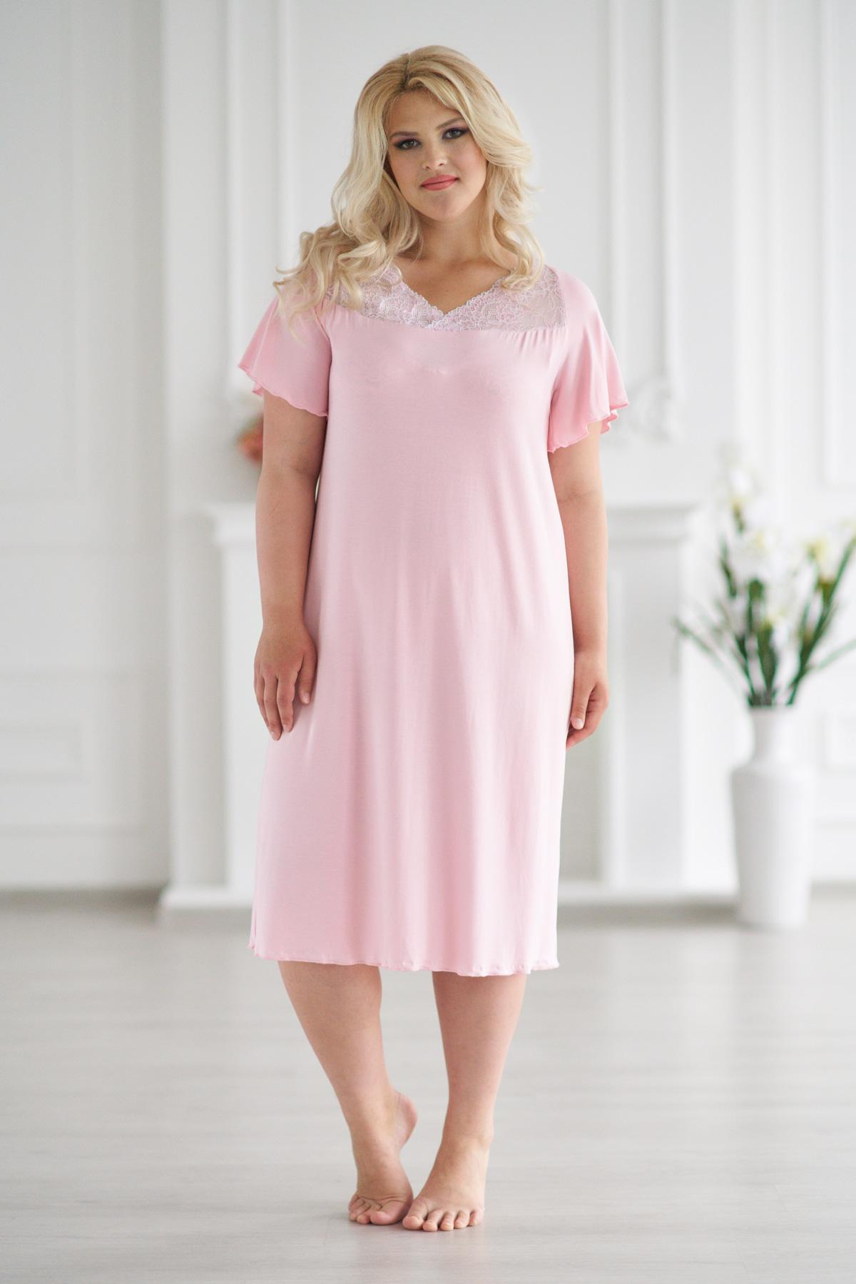 Жен. сорочка арт. 19-0053 Розовый р. 56Ночные сорочки<br>Факт. ОГ: 112 см <br>Факт. ОТ: 116 см <br>Факт. ОБ: 126 см <br>Длина по спинке: 99 см<br><br>Тип: Жен. сорочка<br>Размер: 56<br>Материал: Вискоза
