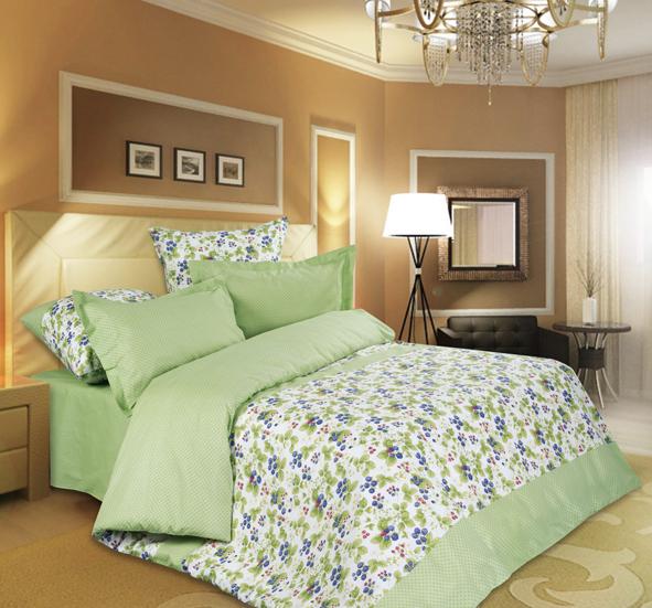 КПБ Лето р. ЕвроРаспродажа постельного белья<br>Плотность ткани: 115 г/кв. м <br>Пододеяльник: 220х200 см - 1 шт. <br>Простыня: 220х200 см - 1 шт. <br>Наволочка: 70х70 см - 2 шт.<br><br>Тип: КПБ<br>Размер: Евро<br>Материал: Поплин