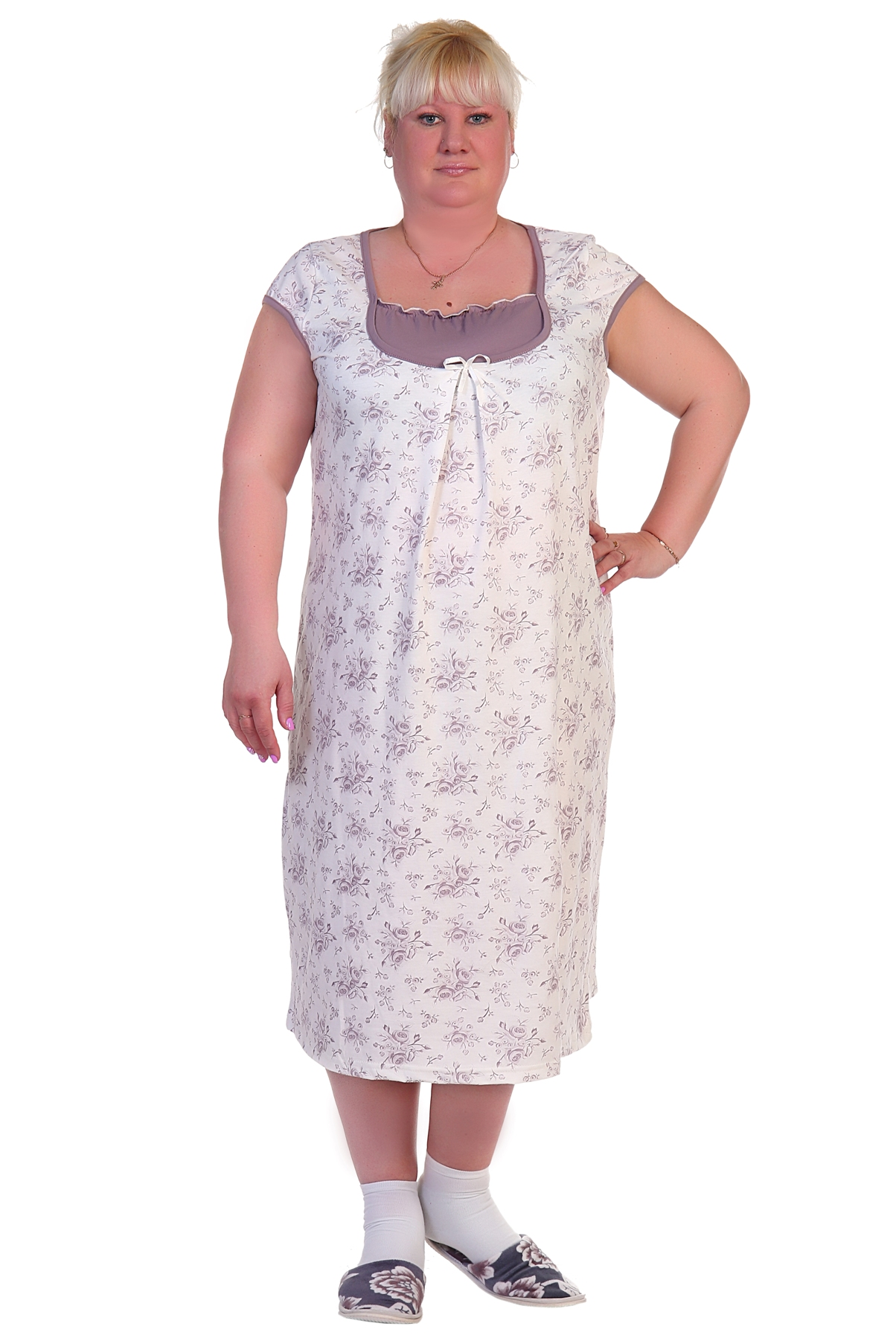 Жен. сорочка арт. 16-0288 р. 64Распродажа женской одежды<br>Факт. ОГ: 132 см <br>Факт. ОТ: 136 см <br>Факт. ОБ: 150 см <br>Длина по спинке: 115 см<br><br>Тип: Жен. сорочка<br>Размер: 64<br>Материал: Кулирка