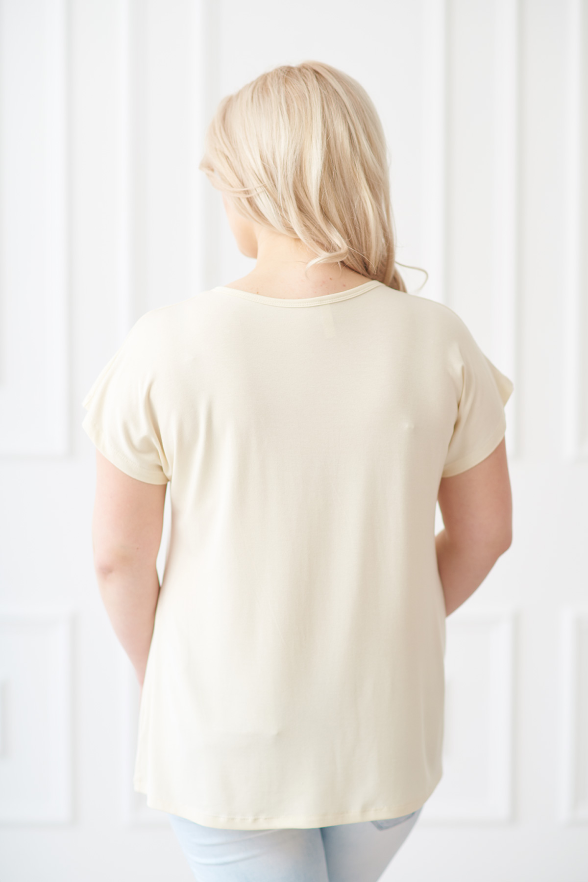 Жен. футболка арт. 19-0147 экрю р. 58
