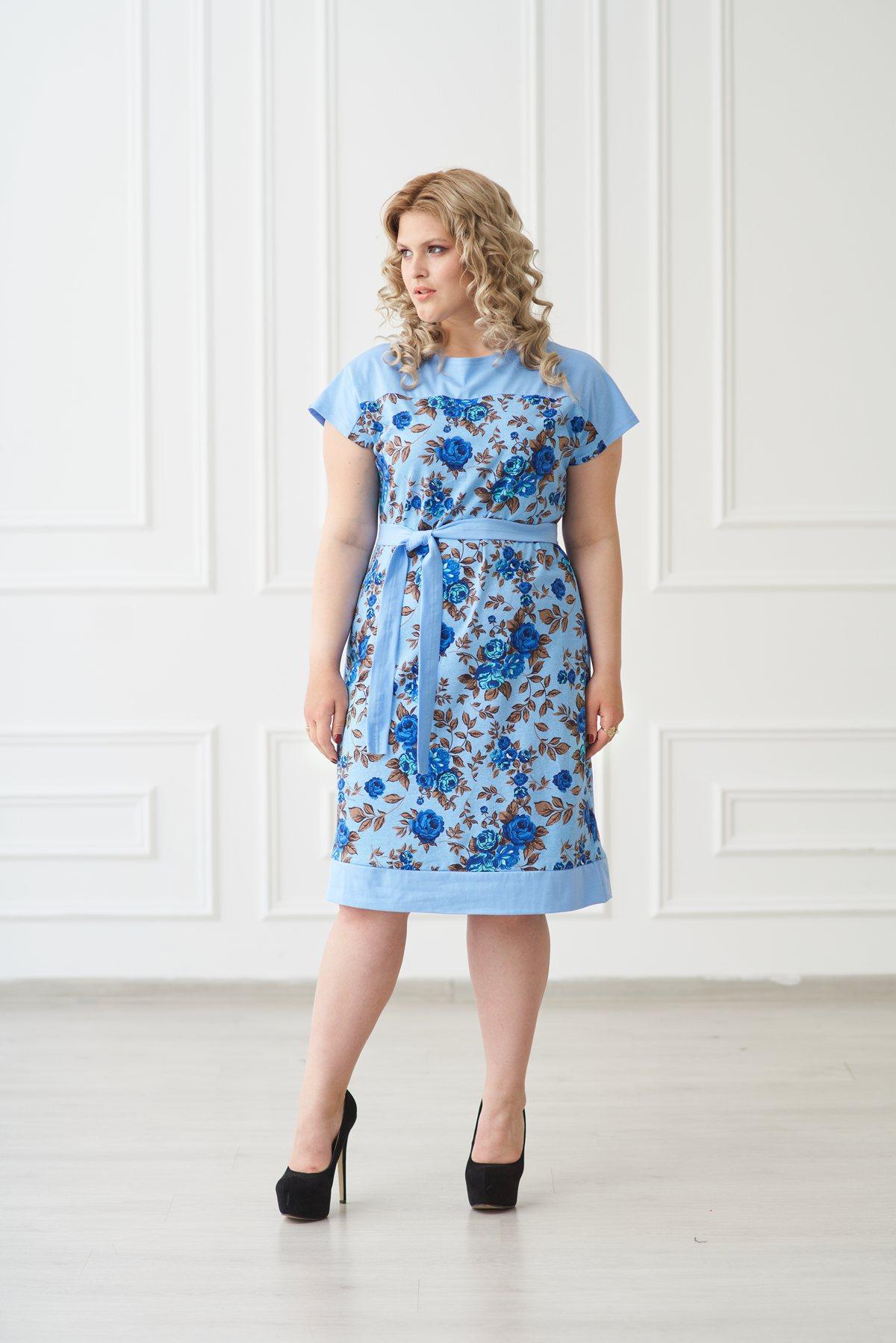 Жен. платье арт. 19-0139 Голубой р. 56Платья<br>Факт. ОГ: 110 см <br>Факт. ОТ: 106 см <br>Факт. ОБ: 114 см <br>Длина по спинке: 105 см<br><br>Тип: Жен. платье<br>Размер: 56<br>Материал: Кулирка