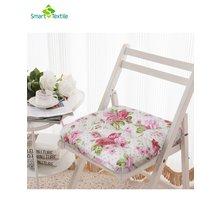 "Подушка на стул ""Розы"""